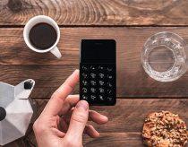 重さ38gの超小型SIMフリースマホ「NichePhone-S」が登場!ICレコーダーや電話専用スマホにも